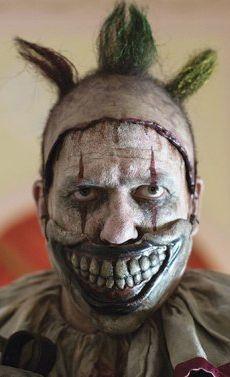 Auf den Spuren von Gacy: Der American-Horror-Story-Clown in der »Freak-Show« (c) FX Network